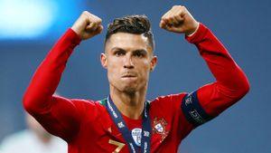 Роналду забил три самых красивых гола Лиги наций