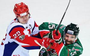 «Если Зарипов нормальный мужик, пусть звонит мне». Глава профсоюза против пятикратного чемпиона КХЛ