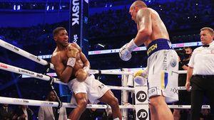 «Если будет реванш, Усик унизит Джошуа». Что говорят иностранцы о победе украинского боксера