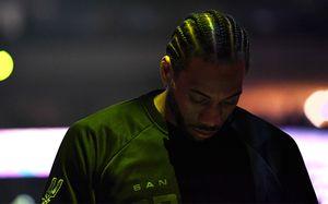 Один излучших баскетболистов мира нехочет играть засвою новую команду. Онрвется вЛос-Анджелес