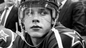 Легендарному голу русского хоккеиста Буре — 30 лет. Он в последний раз забил за сборную СССР на ЧМ-1991: видео