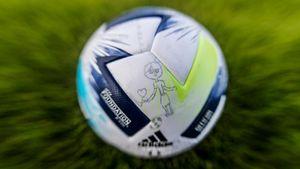 Представлен мяч Суперкубка УЕФА с дизайном из детских рисунков