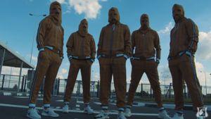 «Ростов» снял пародию на сцену из фильма «Джентльмены» Гая Ричи с участием Карпина, Мамаева и других игроков: видео