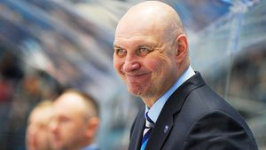 Белорусский тренер готов спасать клуб КХЛ из Сочи. Год назад он почти сделал невозможное с «Сибирью»