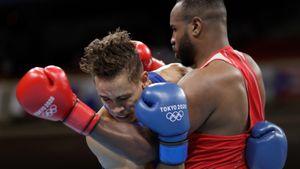 Марокканский боксер укусил соперника во время поединка на Олимпиаде: видео