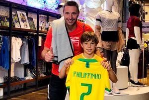 Сын хоккеиста сборной России Ковальчука потренировался в бразильской футбольной команде