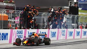 Ферстаппен выиграл Гран-при Штирии, Хэмилтон— 2-й, Мазепин— 18-й