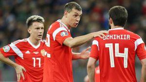 На что рассчитывать России в ключевых матчах отбора без Дзюбы, Марио, Головина и Миранчука? Мнение экспертов
