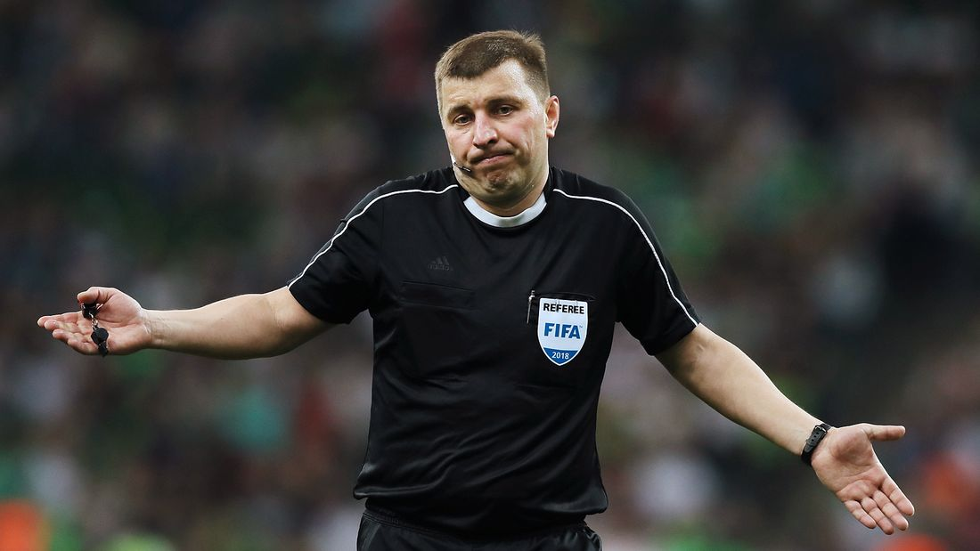 Вилков дважды ошибся в пользу Локомотива: намудрил с удалением Гиговича и не разобрался с пенальти на Крыховяке