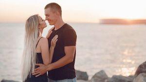 Большунов после проигрыша Клэбо на финише эстафеты на ЧМ пригласил норвежца на свою свадьбу