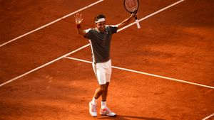 Роджер Федерер спустя 4 года вернулся на «Ролан Гаррос» и уже в полуфинале. Там его ждет Надаль