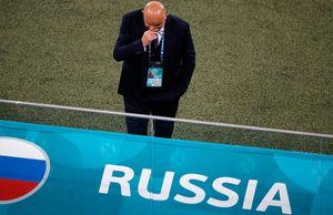 «Не разнес, но высказал игрокам свое недовольство». Черчесов прокомментировал поражение России от Бельгии