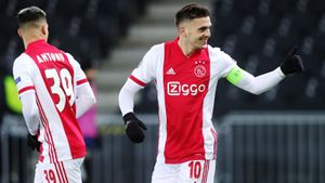 «Аякс» снова обыграл «Янг Бойз» и вышел в четвертьфинал Лиги Европы