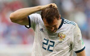 Артем Дзюба: «Сами все сделали для Уругвая: штрафной привезли, второй гол нелепый»
