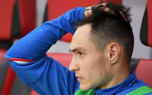 Караваев теперь будет играть в Голландии. В Чехии его посадили в запас