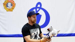 Агент Лео Комарова прокомментировал информацию о возможном возвращении форварда в «Динамо»