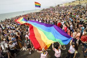 Дьяков — о гей-парадах: «К чему этот цирк вообще? Если я ущемляю чьи-то права, то пускай эти люди сидят дома»