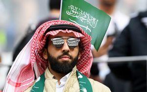 Болельщика из Саудовской Аравии обманули в Москве на 15 млн рублей