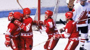 Великие победы сборной СССР. Советские хоккеисты громили Канаду, Швецию и Чехословакию в легендарных матчах