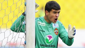 Со сломанной рукой заменял Акинфеева в ЦСКА и стал 1-м вратарем РПЛ, сыгравшим в 16 лет. Где сейчас Сергей Ревякин