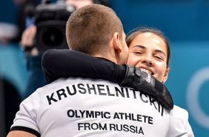 Российские керлингисты Брызгалова и Крушельницкий – бронзовые призеры ОИ-2018