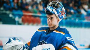 17-летний русский вратарь круто дебютировал во взрослом хоккее. СКА обязан дать шанс Аскарову