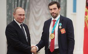 «Путин сам разберется, куда ему и что менять». Дацюк ответил Дзюбе