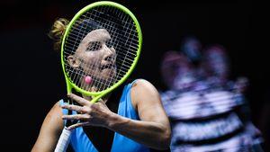 Российская теннисистка Кузнецова показала, как проходила тест накоронавирус: видео