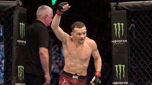 Чемпион UFC Петр Ян прилетел в Лас-Вегас на бой с Алджамейном Стерлингом