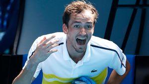 Главный русский теннисист Даниил Медведев: переезд во Францию, свадьба в 22 года, эпический финал с Надалем