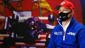 Русского гонщика Мазепина дважды за этап Формулы-1 назвали «идиотом». Он снова финишировал последним