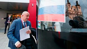 «Словакии повезло. А мы медленно развивали атаки». Черчесов — о поражении России, тактике и замене Мостового
