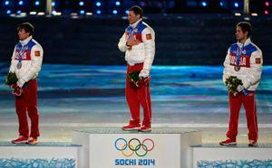 Легков и Белов пожизненно отстранены от Олимпиад. Что нужно знать?