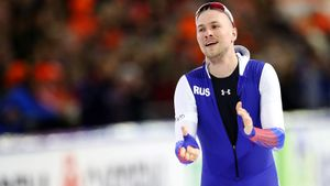 Конькобежец Кулижников завоевал серебро на дистанции 500 м на чемпионате мира