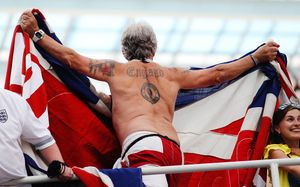 «Опасения британских фанатов рассеялись, когда они приехали к вам». Саутгейт опять хвалит Россию