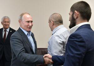 «Путин, православие, Хабиб!» Шнур сочинил стих оботношении ккоронавирусу вРоссии идругих странах