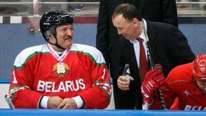 Друга Лукашенко уволили излучшего клуба Белоруссии. Недавно Захаров назвал своего вратаря алкашом