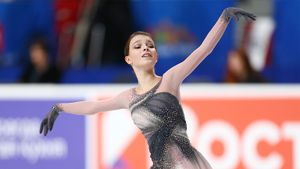 Какие программы помогли Щербаковой вновь стать чемпионкой России. Разбираем ее постановки сезона 2020/21