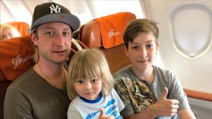 Сын Евгения Плющенко Егор: как выглядит, чем занимается. Он должен был носить имя Кристиан