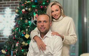 Глушаков и Коваленко показали совместное новогоднее фото