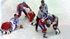 Драке ЦСКА против «Монреаля» — 30 лет. Советские хоккеисты срывали с канадцев майки, те сбежали со льда