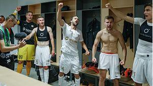 Самая русская команда в Европе. За польский клуб играют 2 наших парня: один из них забил роскошный гол на 97 минуте