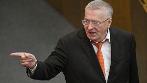 «Близко не подпускать к Госдуме». Жириновский раскритиковал Шнурова за желание заразить депутатов коронавирусом