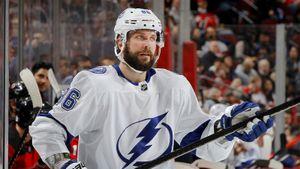Кучеров— лучший снайпер ибомбардир НХЛ в2020-м. Завалил старт сезона, носнова вбольшом порядке