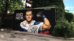 В Санкт-Петербурге появилось граффити с изображением чемпиона UFC Яна
