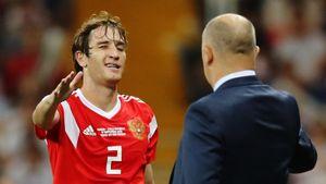 Черчесов оценил объятия Джикии и Фернандеса во время гола Словакии