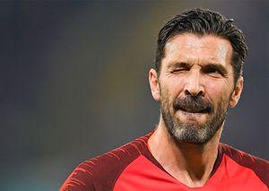 Буффон вошел в историю итальянского футбола, побив рекорд Мальдини