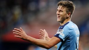 Соболевым интересуются в Италии, «Милан» хочет купить игрока «Реала». Трансферы и слухи дня