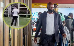 Футбольный тренер из Африки помочился на штангу. Его отстранили на весь сезон