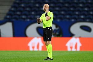 Карасев объяснил, почему не встал на колено перед матчем Лиги чемпионов «Порту»— «Ливерпуль»